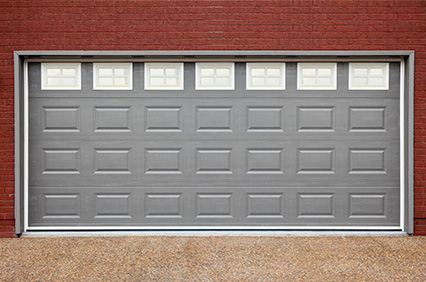 Pros And Cons Of Vinyl Garage Doors Chandler